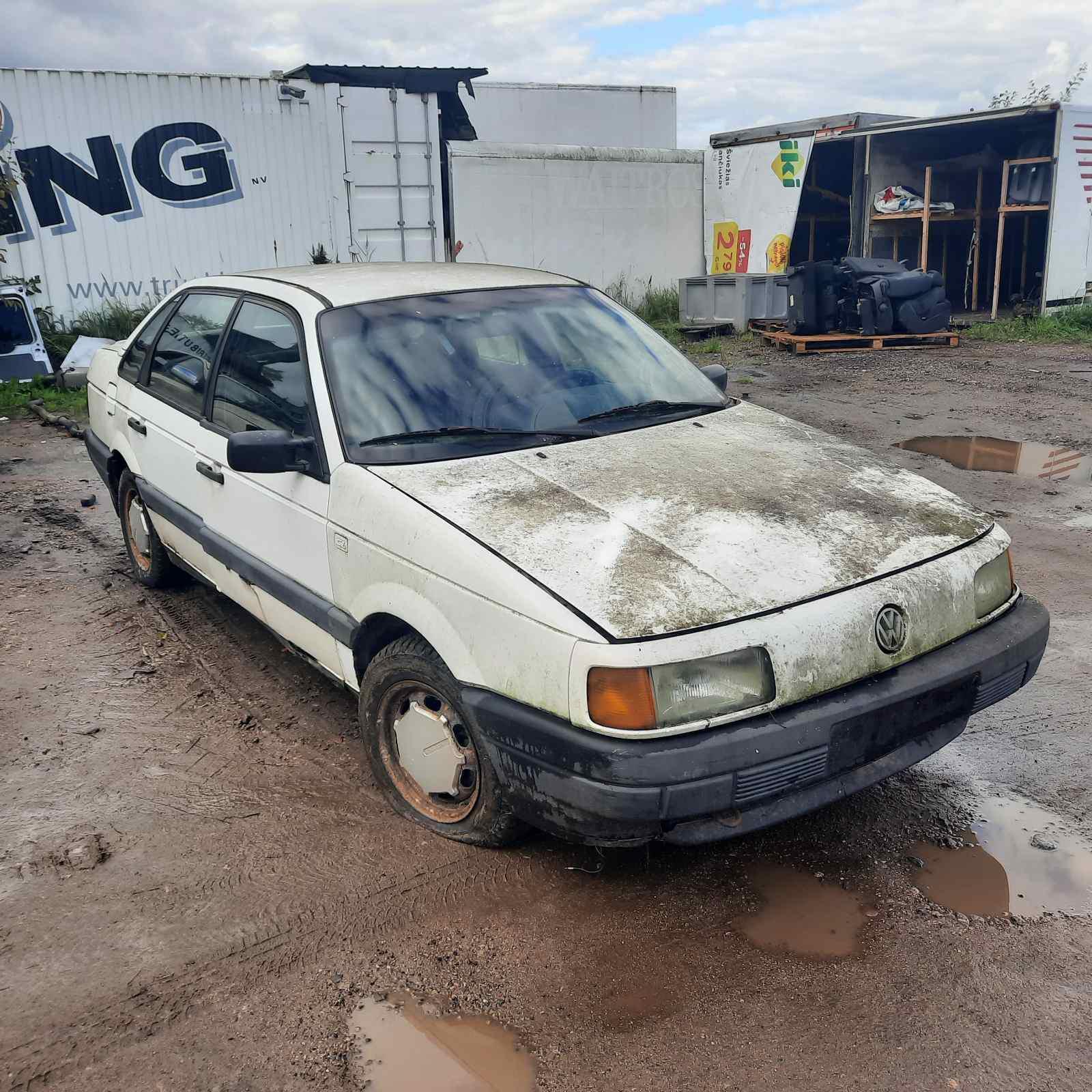 Foto-1 Volkswagen Passat Passat, B3 1988.03 - 1993.07 1991 Sedan Diesel 1.6