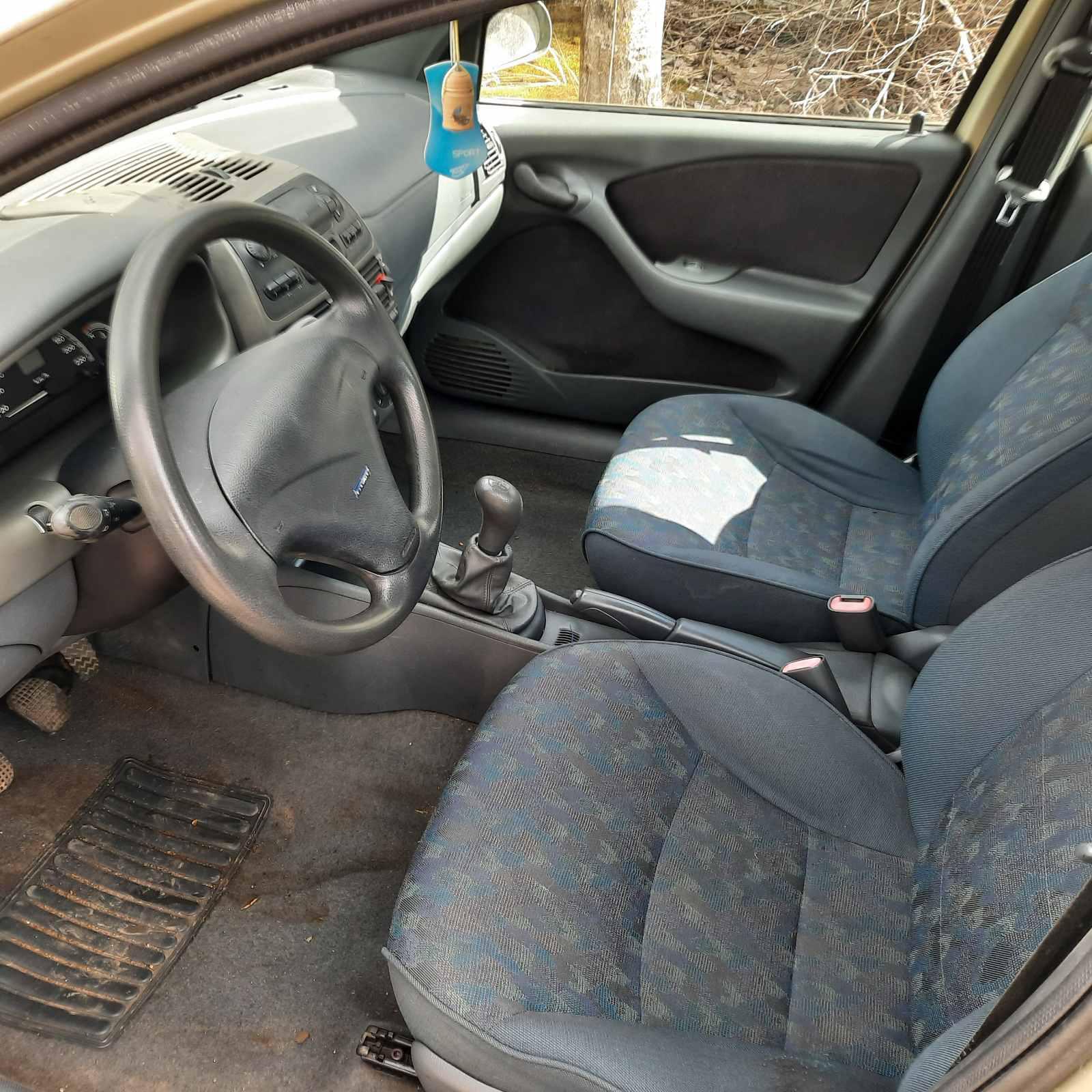 Подержанные Автозапчасти Foto 5 Fiat BRAVA 1996 1.9 машиностроение хэтчбэк 4/5 d. желтый 2021-4-07 A6134