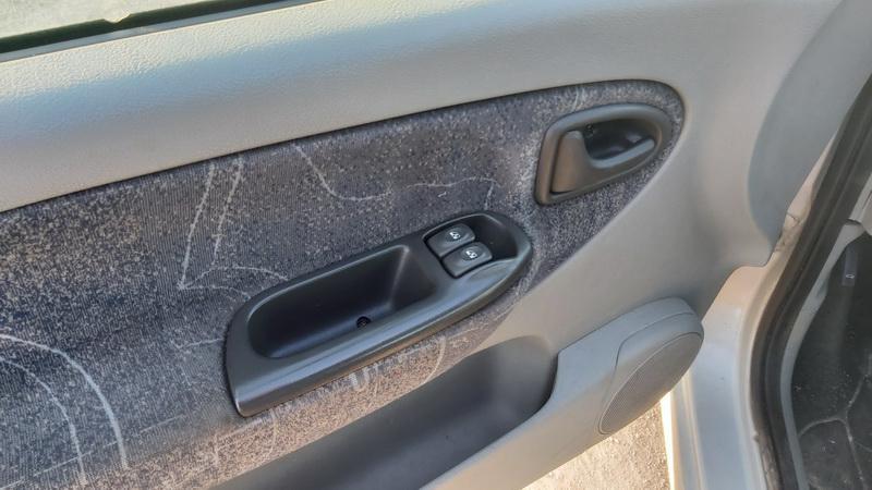 Naudotos automobilio dalys Renault SCENIC 2001 1.6 Mechaninė Vienatūris 4/5 d. Pilka 2020-12-08