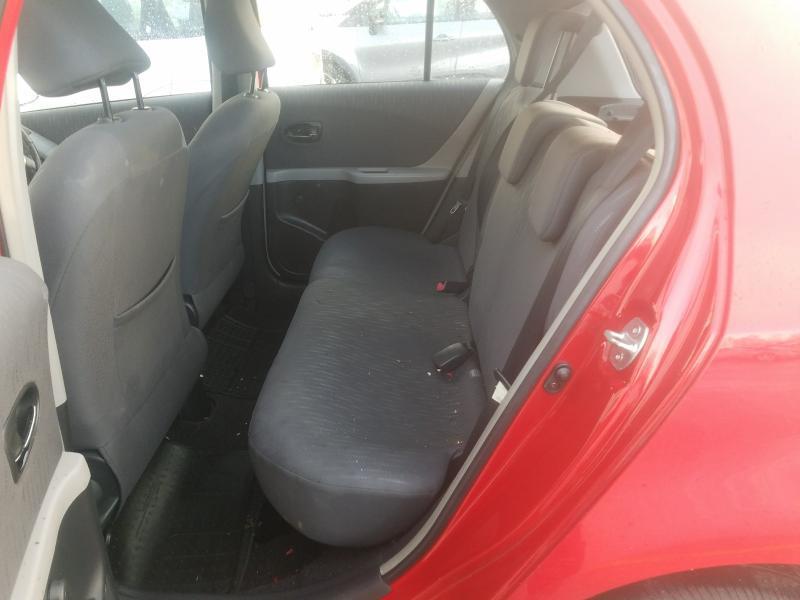 Подержанные Автозапчасти Toyota YARIS 2009 1.3 машиностроение хэтчбэк 4/5 d. красный 2021-2-25