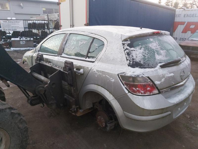 Naudotos automobilio dalys Opel ASTRA 2007 1.7 Mechaninė Hečbekas 4/5 d. Pilka 2020-12-02