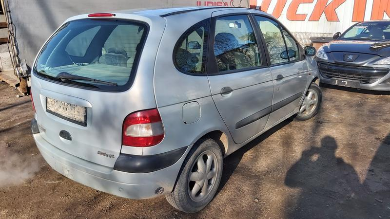 Used Car Parts Foto 9 Renault SCENIC 2000 1.6 Automatic Minivan 4/5 d. Grey 2021-5-01 A6188