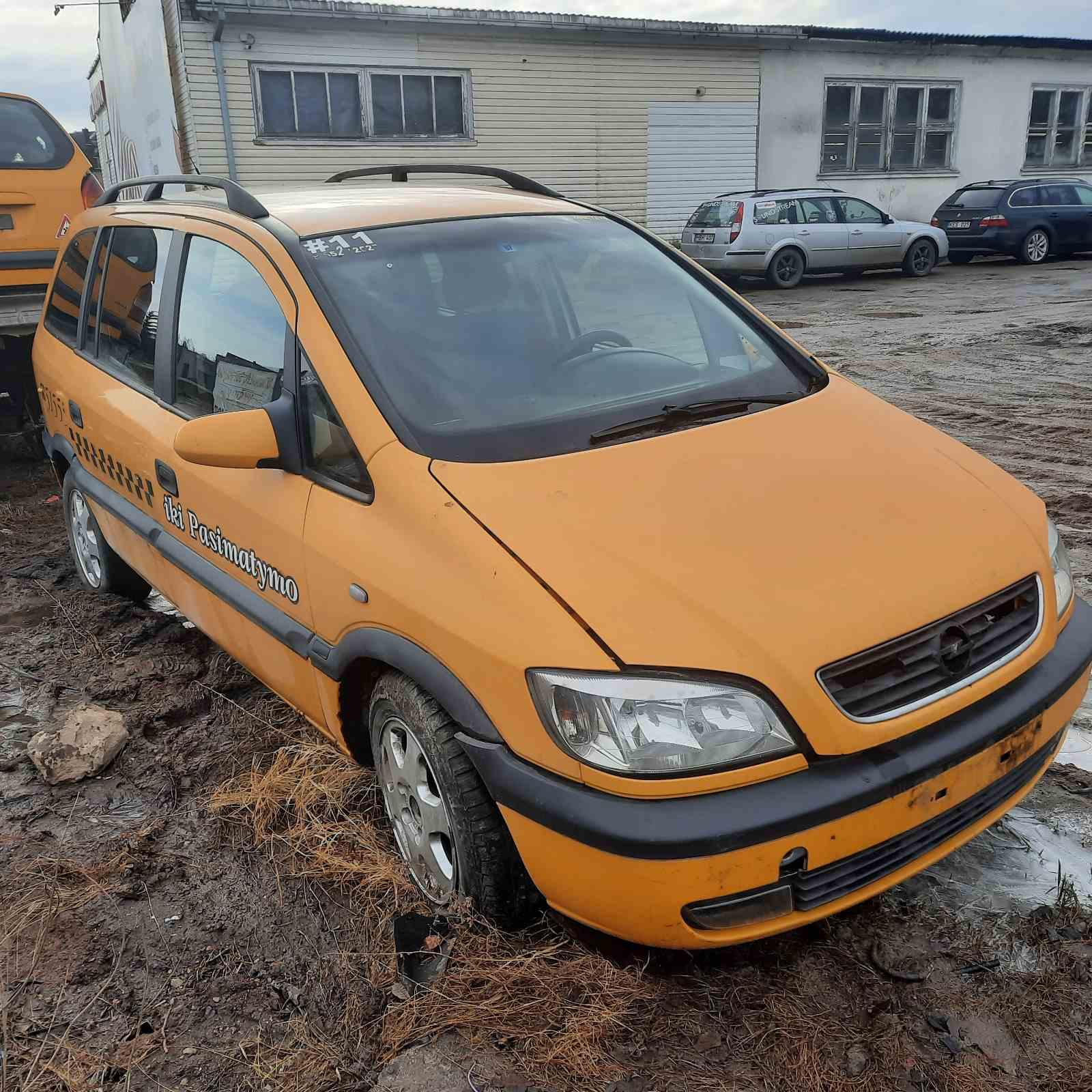 Naudotos automobilio dalys Opel ZAFIRA 2000 2.0 Mechaninė Vienatūris 4/5 d. Geltona 2021-3-08