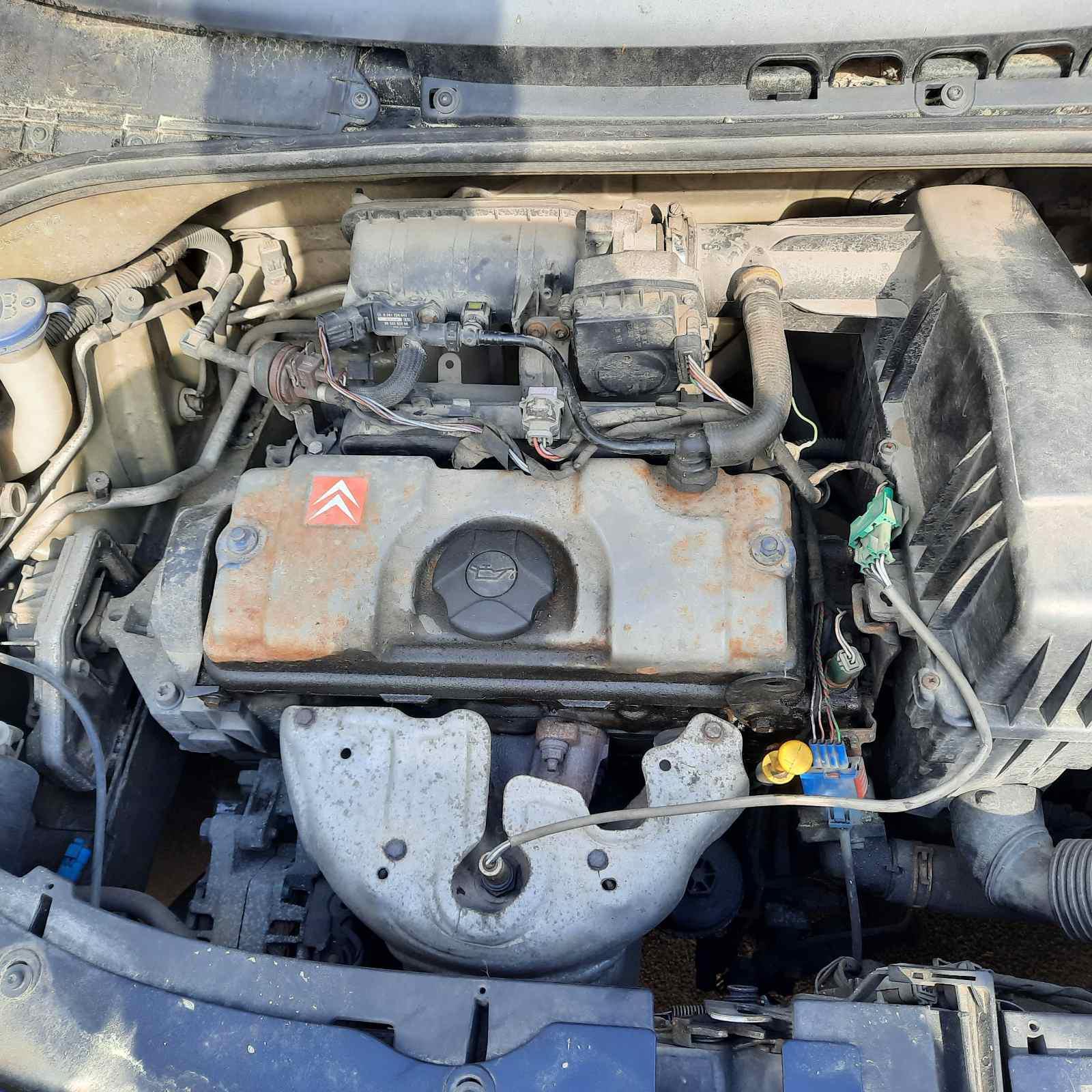 Naudotos automobiliu dallys Foto 3 Citroen C3 2003 1.4 Mechaninė Hečbekas 2/3 d. Juoda 2021-6-08 A6288