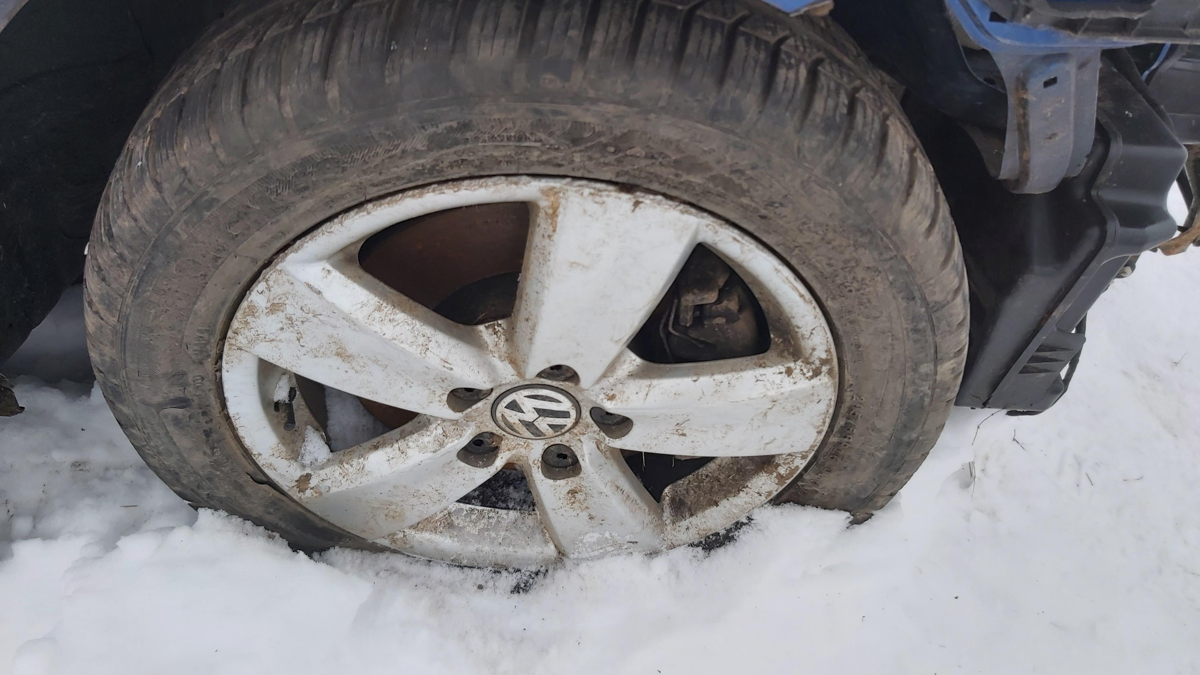 Подержанные Автозапчасти Foto 8 Volkswagen CADDY 2014 2.0 машиностроение коммерческая 2/3 d. синий 2021-1-12 A6024