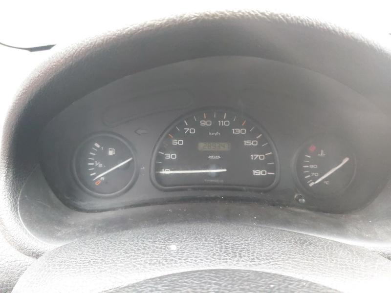 Подержанные Автозапчасти Foto 7 Peugeot 206 2000 1.1 машиностроение хэтчбэк 4/5 d. Серый 2020-11-21 A5844
