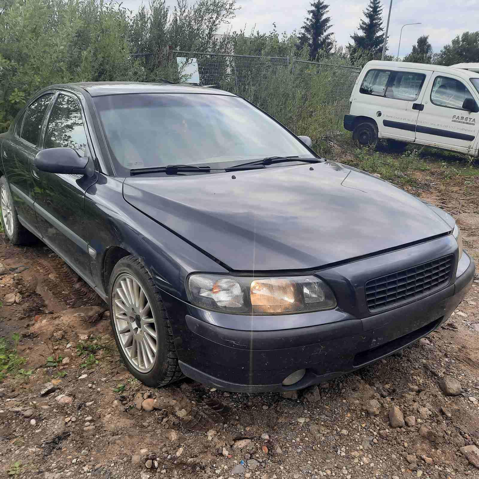 Naudotos automobilio dalys Volvo S60 2001 2.4 Mechaninė Sedanas 4/5 d. Pilka 2021-8-18