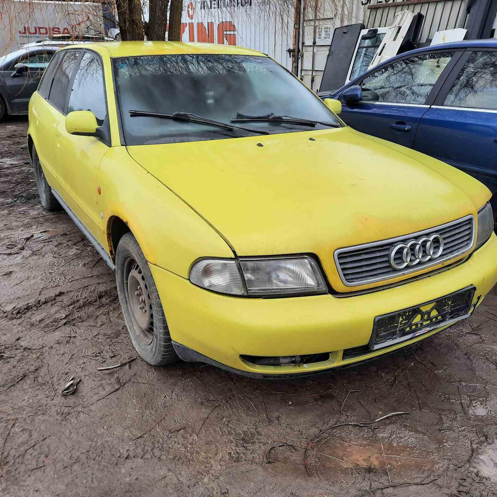 Подержанные Автозапчасти Audi A4 1996 1.8 машиностроение универсал 4/5 d. желтый 2021-4-09