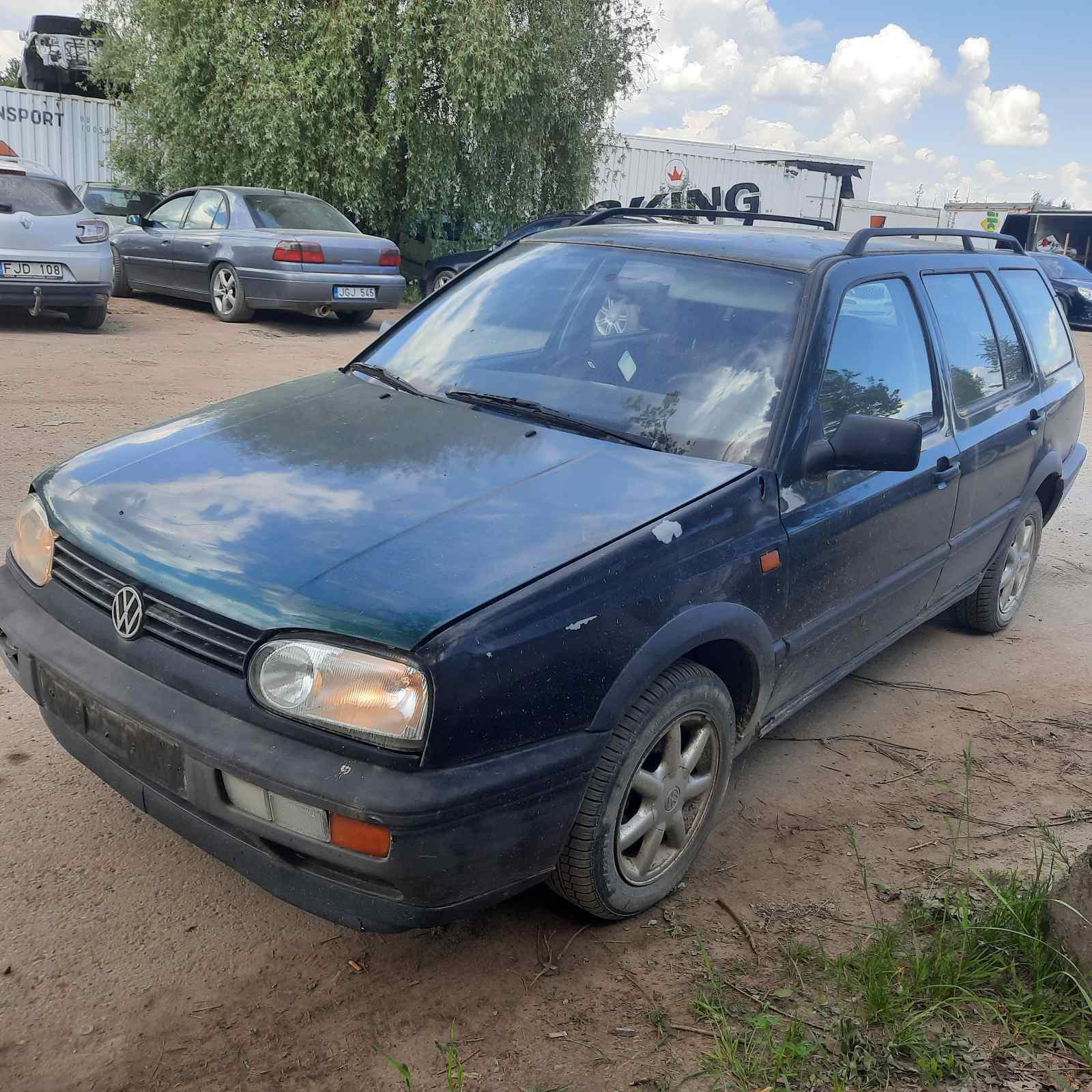 Naudotos automobiliu dallys Foto 2 Volkswagen GOLF 1996 1.9 Mechaninė Universalas 4/5 d. Zalia 2021-6-05 A6283