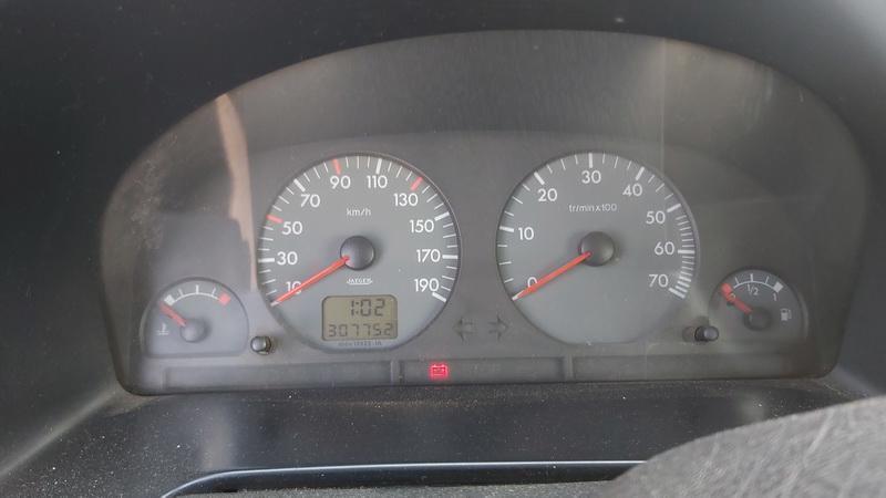 Naudotos automobiliu dallys Foto 6 Peugeot PARTNER 2001 1.9 Mechaninė Komercinis 2/3 d. Balta 2021-7-20 A6431