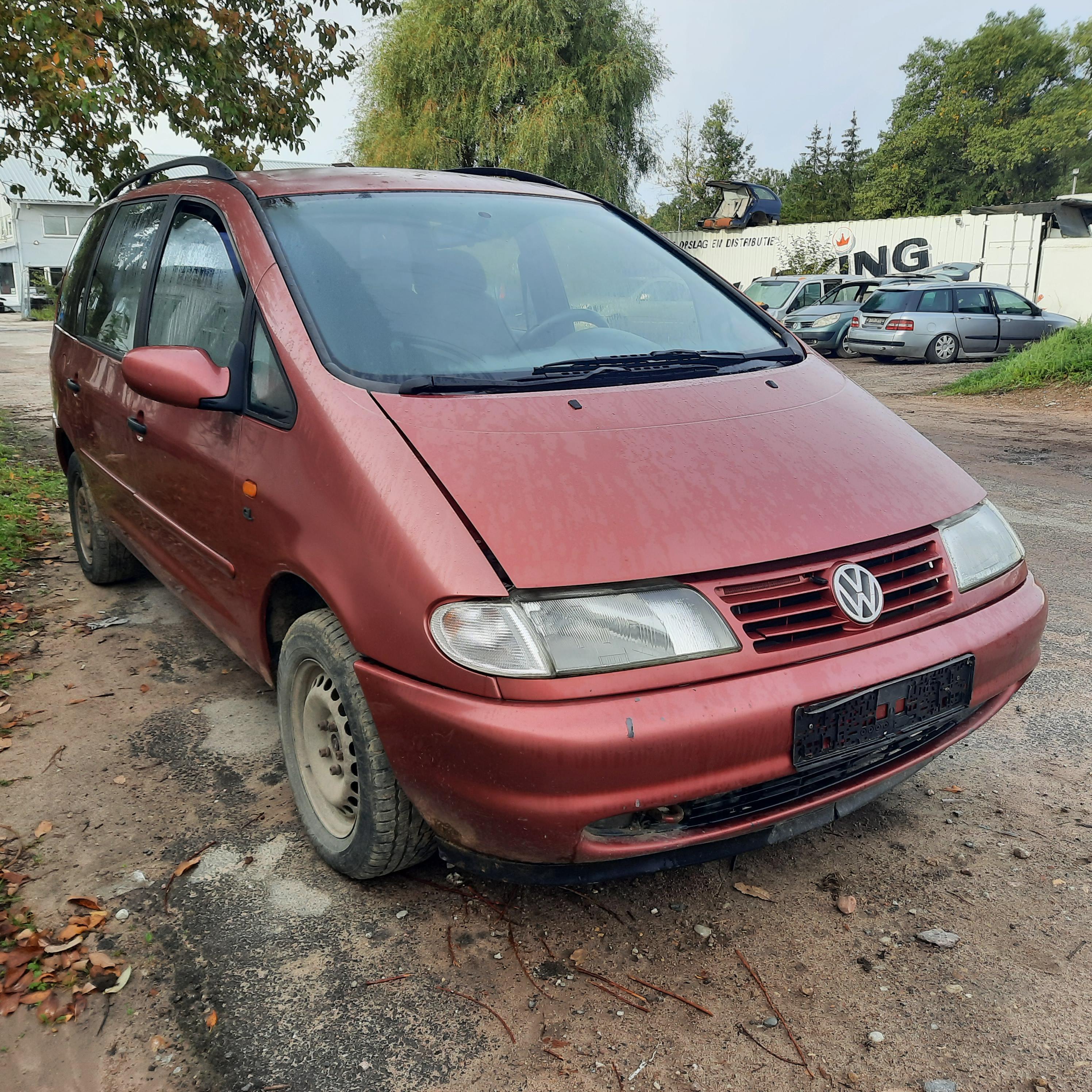 Naudotos automobilio dalys Volkswagen SHARAN 1997 1.9 Mechaninė Vienatūris 4/5 d. Raudona 2021-9-13