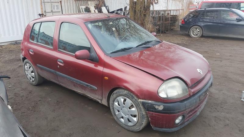Подержанные Автозапчасти Renault CLIO 1998 1.6 автоматическая хэтчбэк 2/3 d. красный 2021-3-04