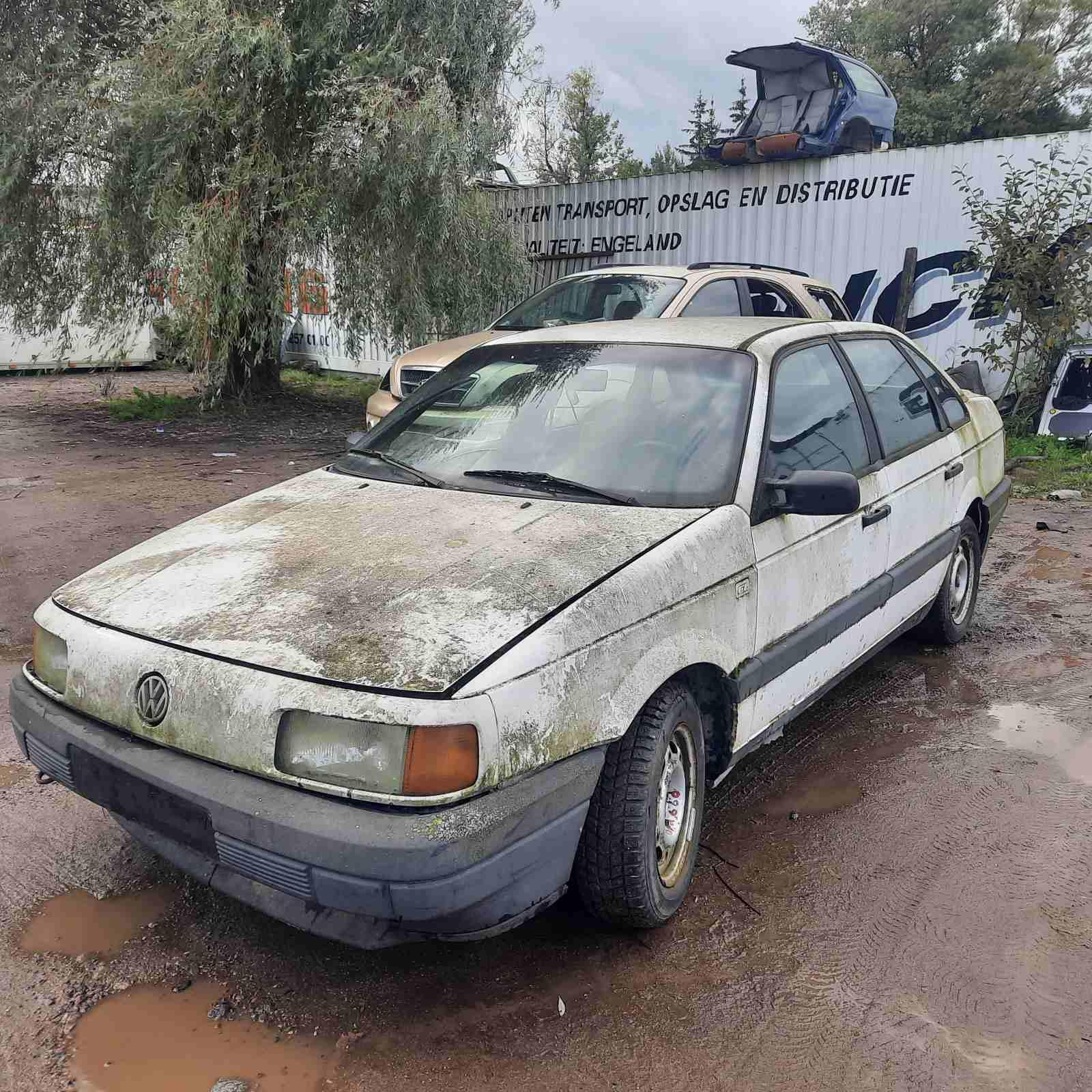 Foto-2 Volkswagen Passat Passat, B3 1988.03 - 1993.07 1991 Diesel 1.6