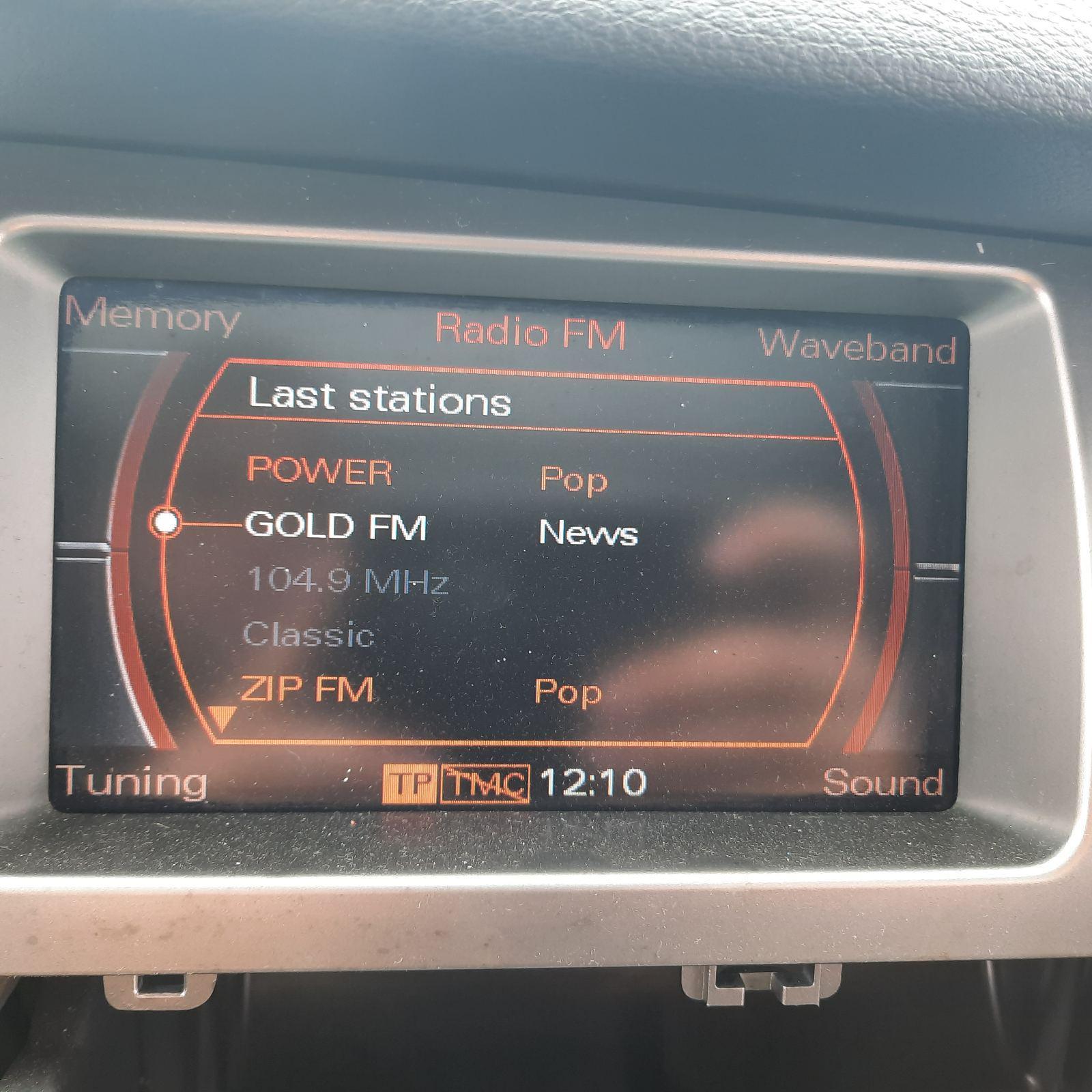 Naudotos automobiliu dallys Foto 4 Audi Q7 2007 3.0 Automatinė Visureigis 4/5 d. Pilka 2021-4-26 A6163