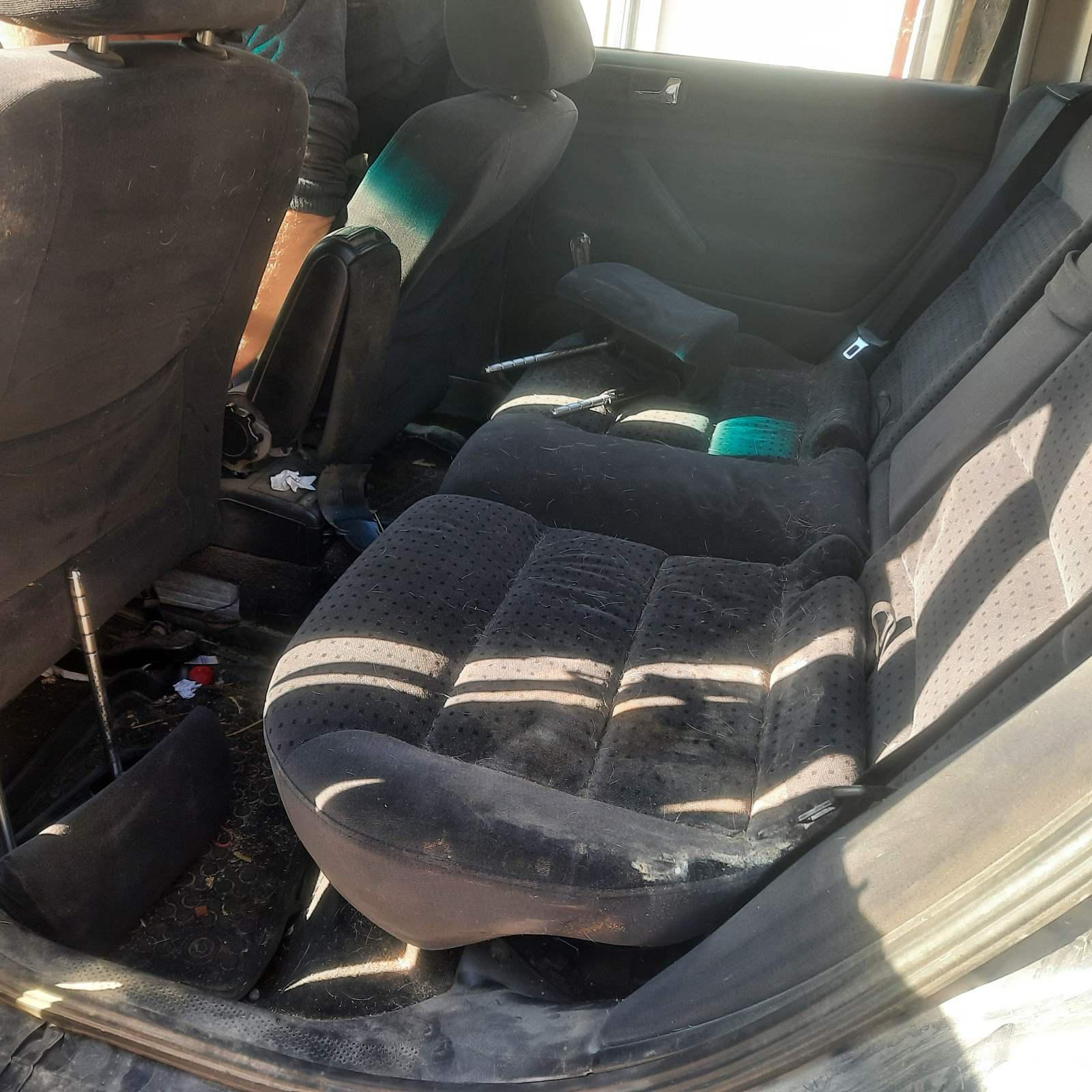Naudotos automobilio dalys Volkswagen PASSAT 1998 1.9 Mechaninė Universalas 4/5 d. Melyna 2021-10-07