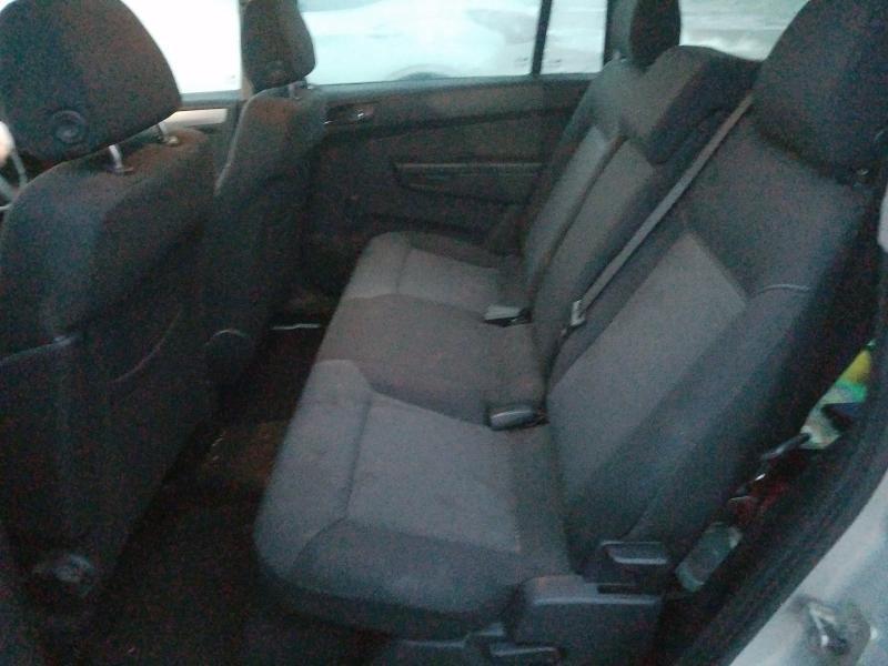 Naudotos automobilio dalys Opel ZAFIRA 2007 1.9 Automatinė Vienatūris 4/5 d. Sidabrine 2021-1-08