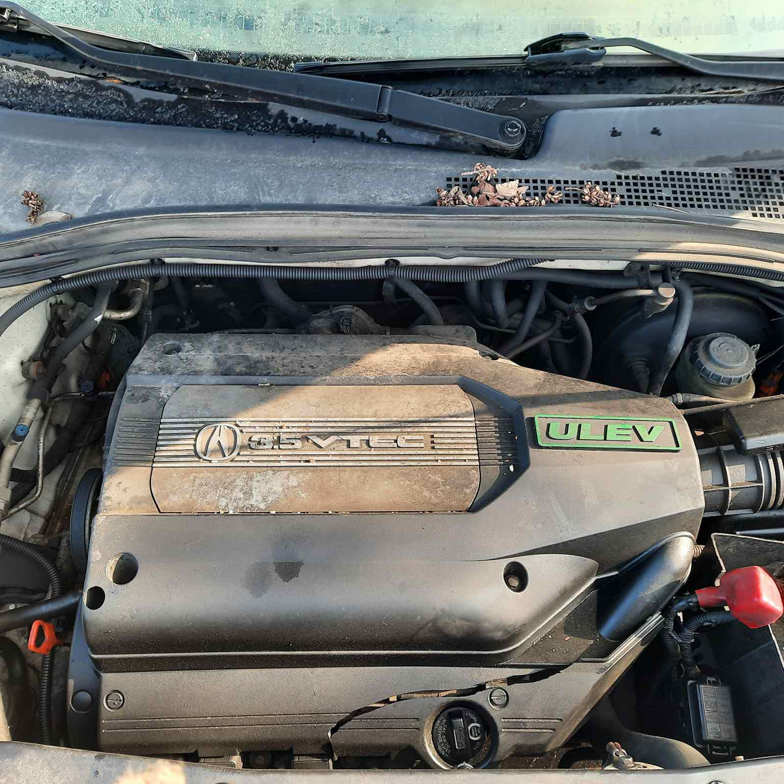 Used Car Parts Foto 2 Acura MDX 2002 3.5 Automatic Jeep 4/5 d. white 2021-4-07 A6132