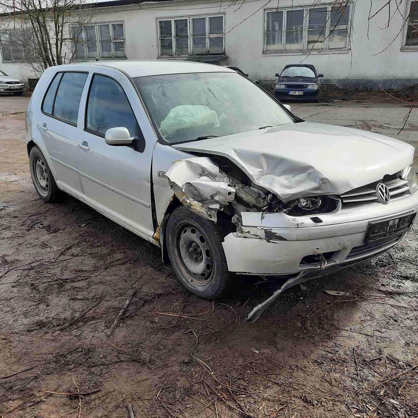 Naudotos automobiliu dallys Foto 1 Volkswagen GOLF 2001 1.9 Automatinė Hečbekas 4/5 d. Pilka 2021-4-02 A6129