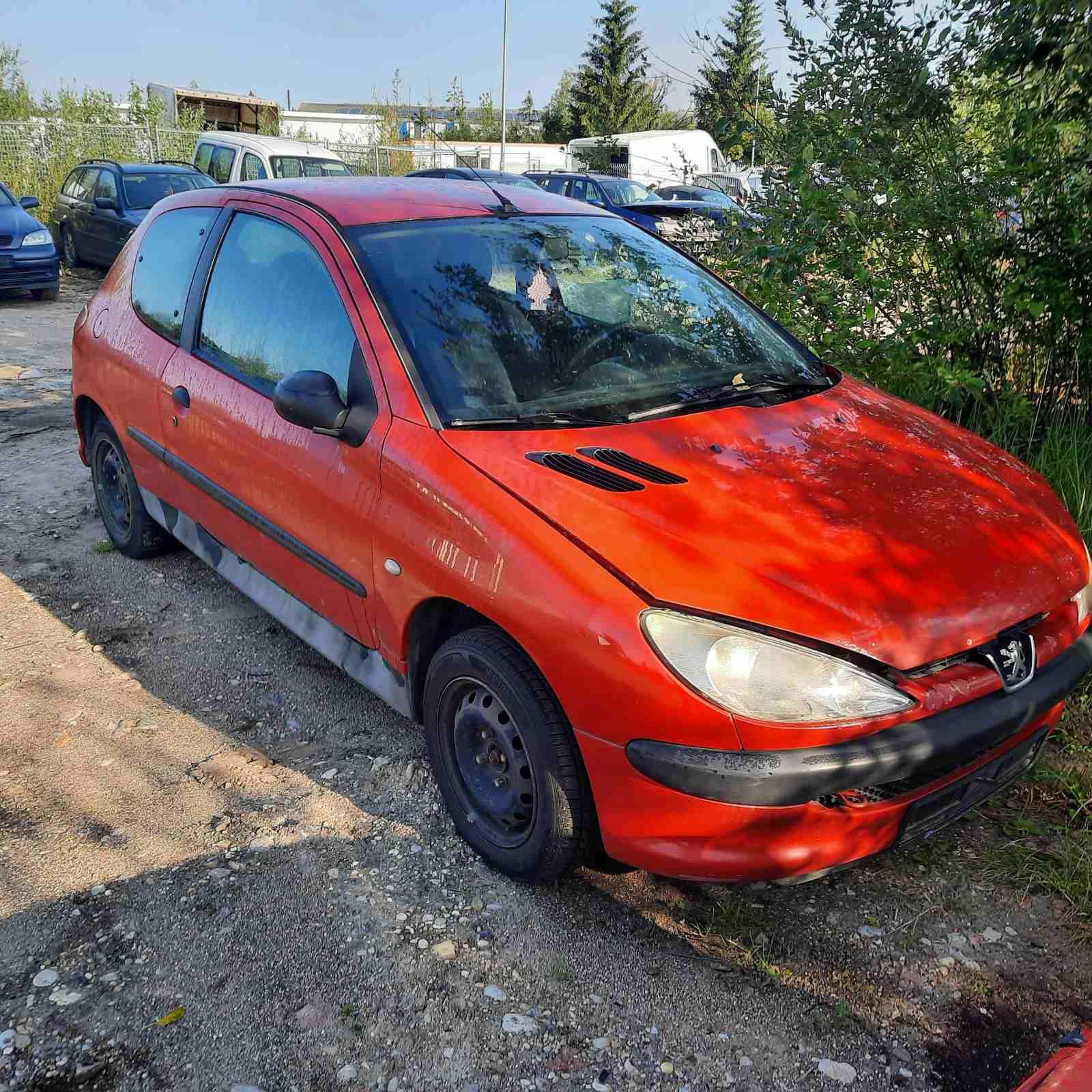 Foto-1 Peugeot 206 206, 2002.07 - 2009.01 facelift 2003 Hatchback Petrol 1.1
