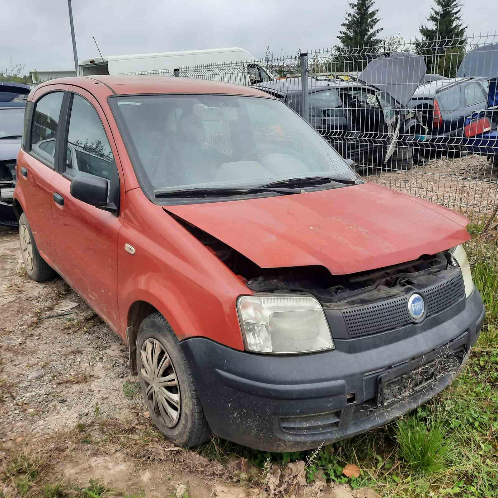 Naudotos automobilio dalys Fiat PANDA 2005 1.1 Mechaninė Hečbekas 4/5 d. Raudona 2021-9-13