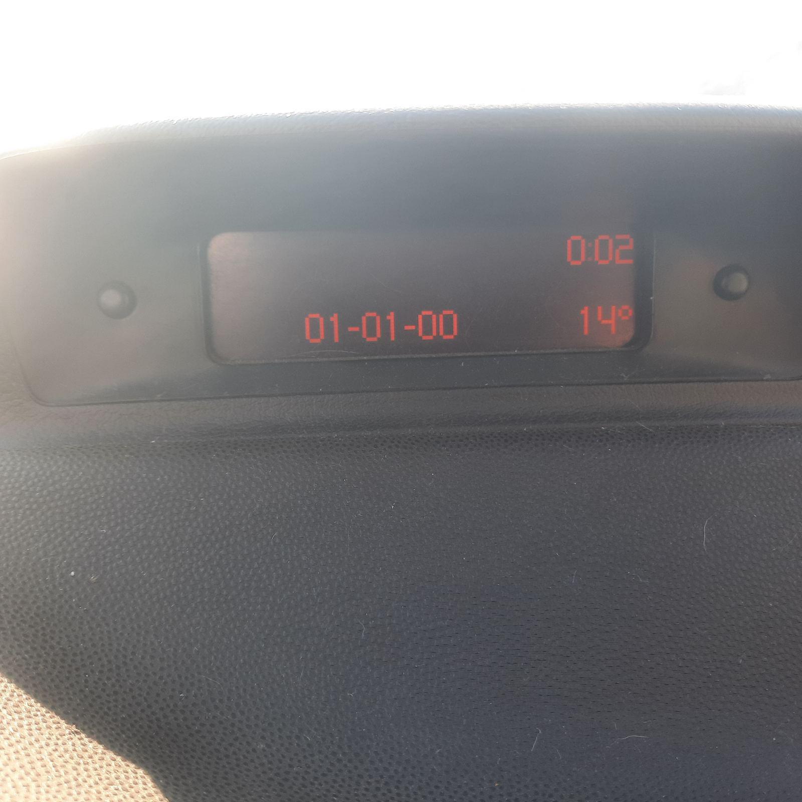 Naudotos automobiliu dallys Foto 7 Peugeot 307 2002 1.6 Mechaninė Hečbekas 2/3 d. Juoda 2021-10-12 A6733