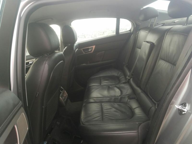 Подержанные Автозапчасти Jaguar XF 2008 2.7 автоматическая седан 4/5 d. Серый 2021-2-25