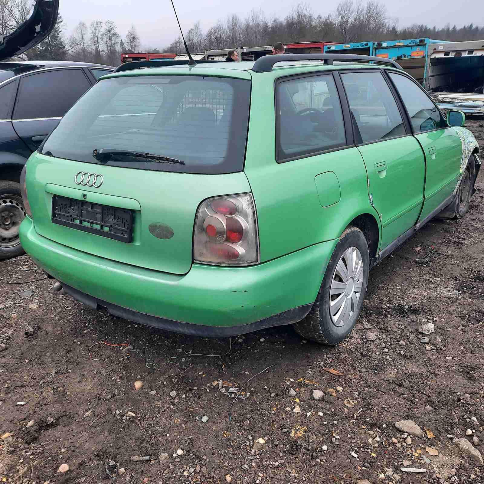 Naudotos automobiliu dallys Foto 8 Audi A4 1997 1.9 Automatinė Universalas 4/5 d. Zalia 2021-4-01 A6128
