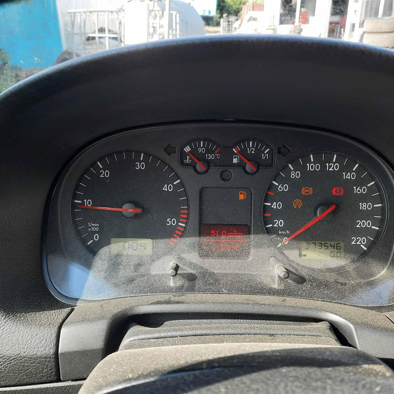 Naudotos automobiliu dallys Foto 6 Volkswagen GOLF 2001 1.9 Mechaninė Hečbekas 4/5 d. Juoda 2021-6-08 A6291