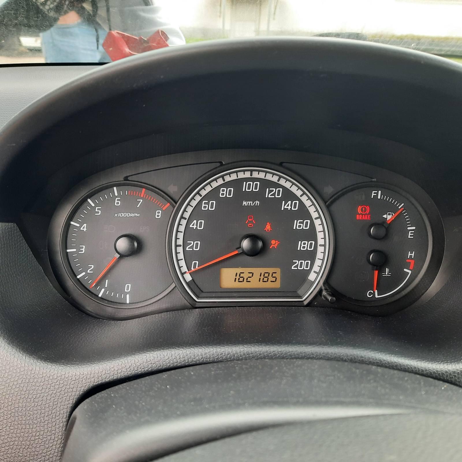 Naudotos automobilio dalys Suzuki SWIFT 2006 1.3 Mechaninė Hečbekas 4/5 d. Pilka 2021-8-20