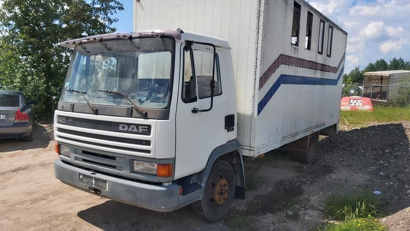Naudotos automobiliu dallys Foto 8 Truck - DAF 45 1992 0.0 Mechaninė Sunkvezimis 2/3 d. Balta 2021-6-10 A6296