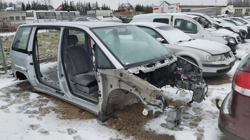 Naudotos automobilio dalys Peugeot 806 2002 2.0 Mechaninė Vienatūris 4/5 d. Pilka 2020-12-21