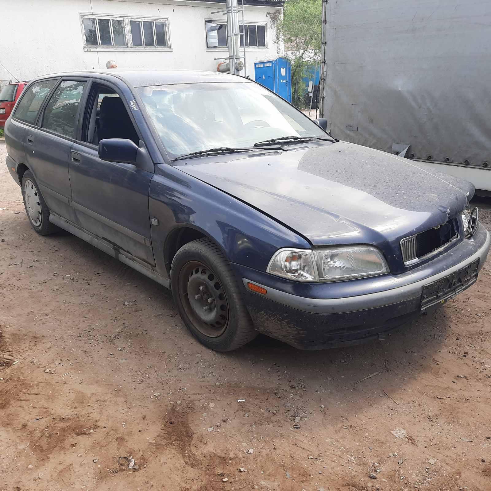 Naudotos automobilio dalys Volvo V40 1998 1.8 Mechaninė Universalas 4/5 d. Melyna 2021-6-23