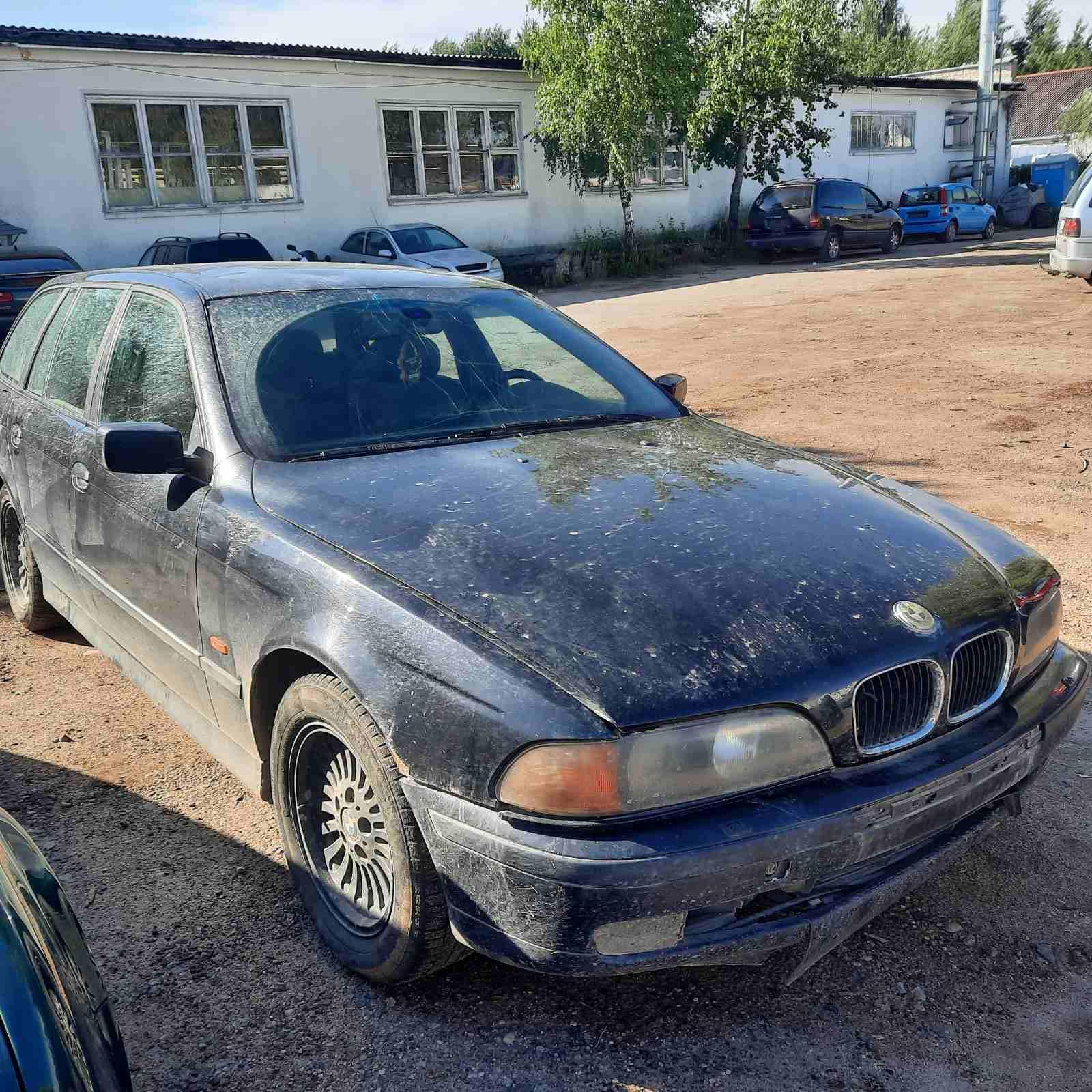 Naudotos automobilio dalys BMW 5-SERIES 1998 2.5 Mechaninė Universalas 4/5 d. Juoda 2021-7-01