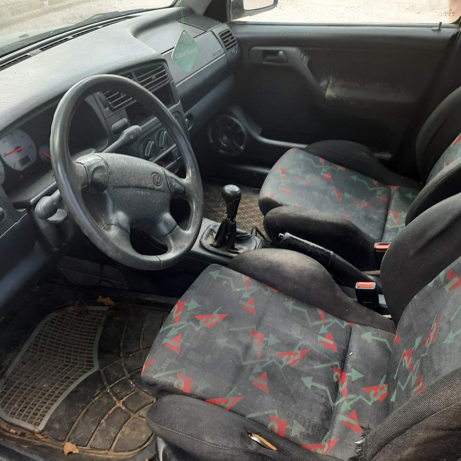 Naudotos automobiliu dallys Foto 7 Volkswagen GOLF 1996 1.9 Mechaninė Universalas 4/5 d. Zalia 2021-6-05 A6283