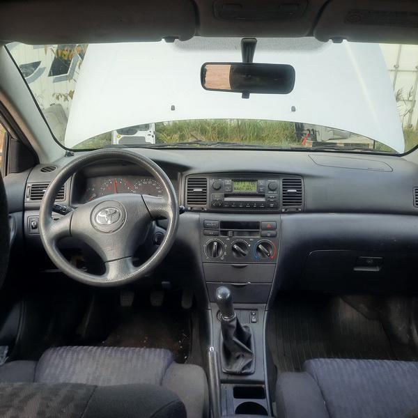 Naudotos automobilio dalys Toyota COROLLA 2004 1.6 Mechaninė Hečbekas 4/5 d. Pilka 2021-10-14