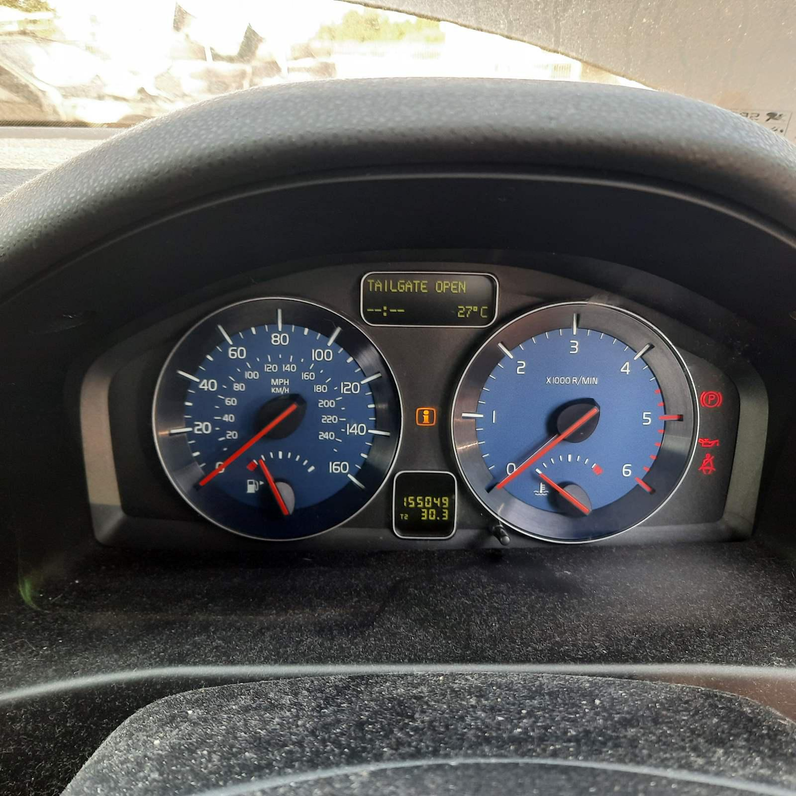 Подержанные Автозапчасти Volvo C30 2010 2.0 машиностроение Купе 2/3 d. черный 2021-7-23
