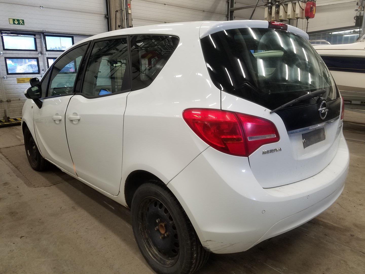 Used Car Parts Foto 7 Opel MERIVA 2013 1.7 Automatic Hatchback 4/5 d. white 2021-5-01 A6192