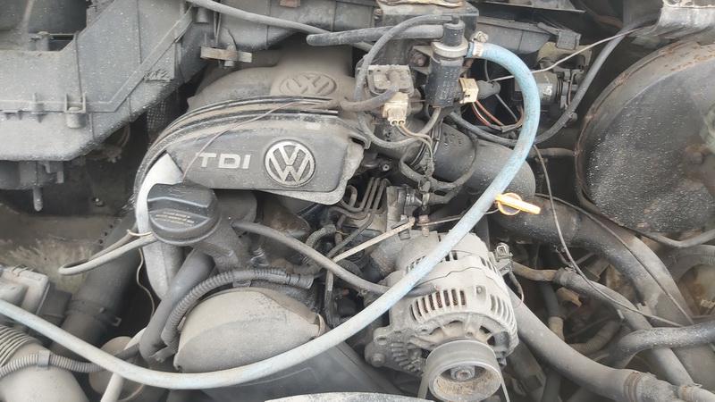 Naudotos automobiliu dallys Foto 3 Volkswagen LT 1999 2.5 Mechaninė Krovininis mikroautobusas 2/3 d. Balta 2021-3-27 A6123