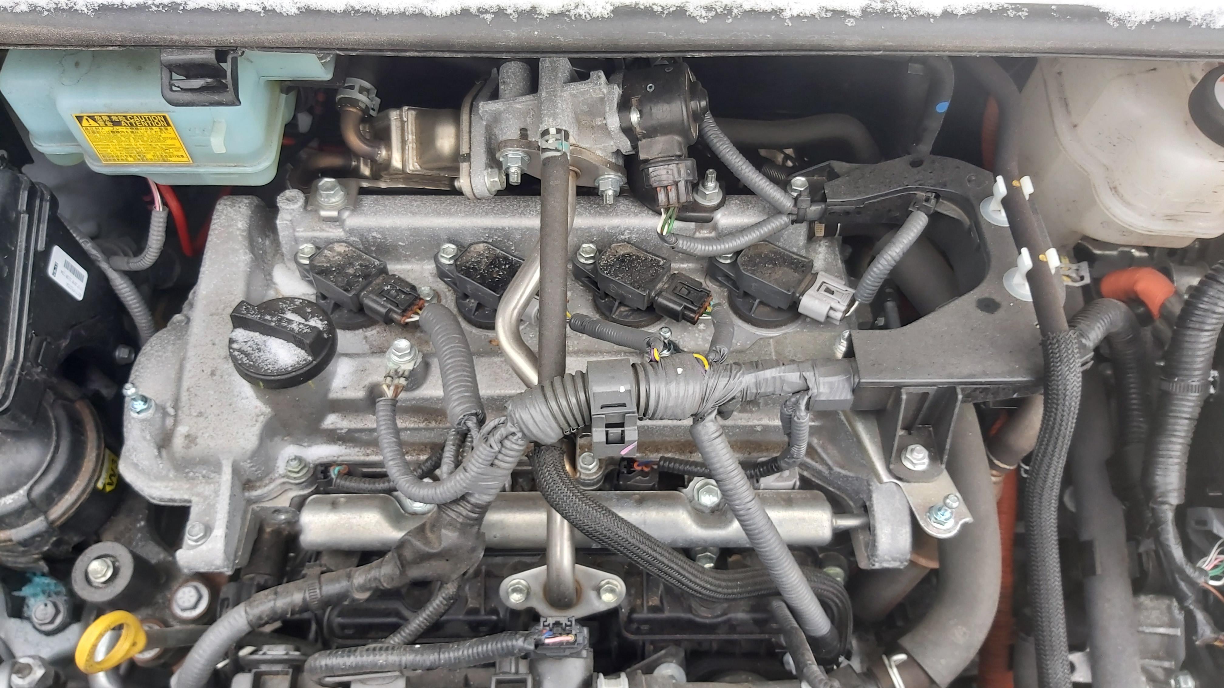 Naudotos automobiliu dallys Foto 10 Toyota YARIS 2018 1.5 Automatinė Hečbekas 4/5 d. Sidabrine 2021-1-20 A6035