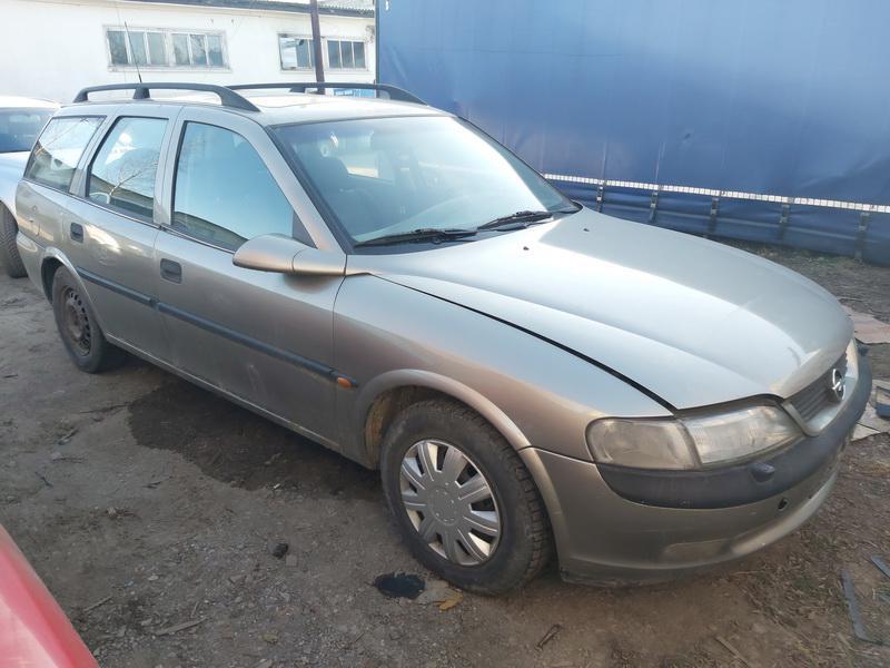 Naudotos automobilio dalys Opel VECTRA 1998 2.0 Mechaninė Universalas 4/5 d. Pilka 2020-12-05