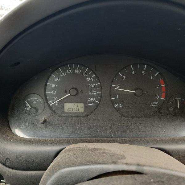 Naudotos automobilio dalys Mitsubishi CARISMA 1998 1.6 Mechaninė Sedanas 4/5 d. Pilka 2021-5-19
