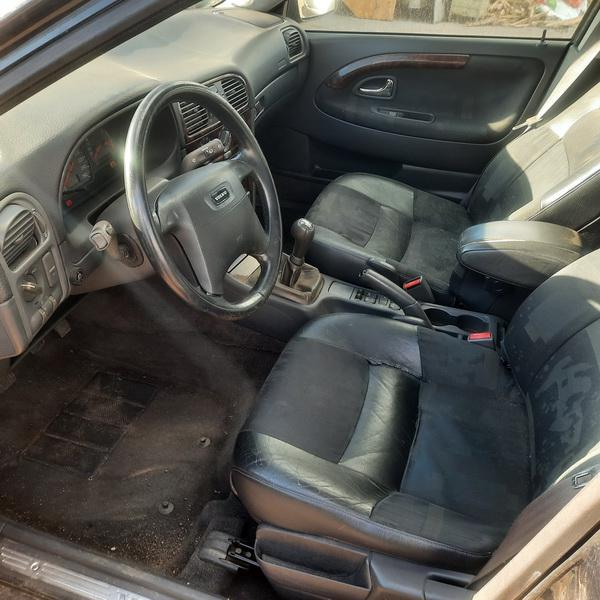 Naudotos automobilio dalys Volvo V40 1998 2.0 Mechaninė Universalas 4/5 d. Juoda 2021-10-14