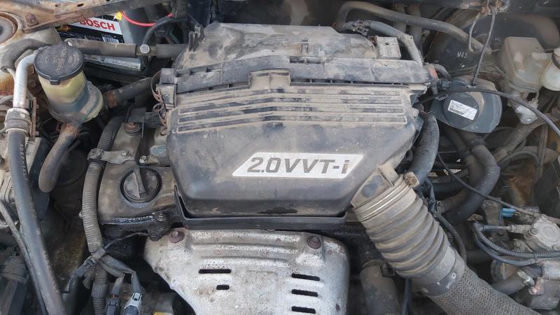 Naudotos automobiliu dallys Foto 3 Toyota RAV-4 2002 2.0 Mechaninė Visureigis 4/5 d. Ruda 2021-5-01 A6186