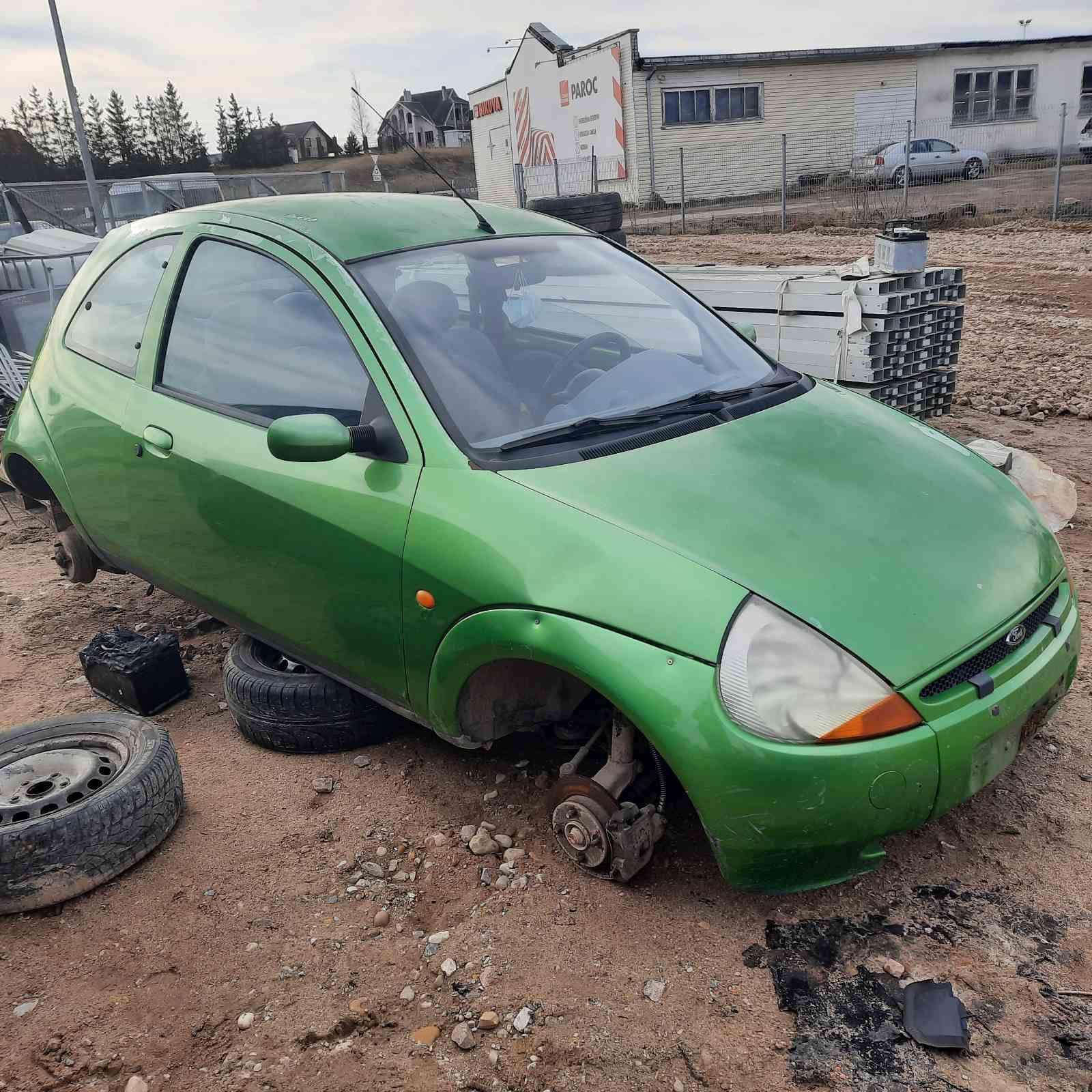 Подержанные Автозапчасти Ford KA 1996 1.3 машиностроение хэтчбэк 2/3 d. зеленый 2021-4-12