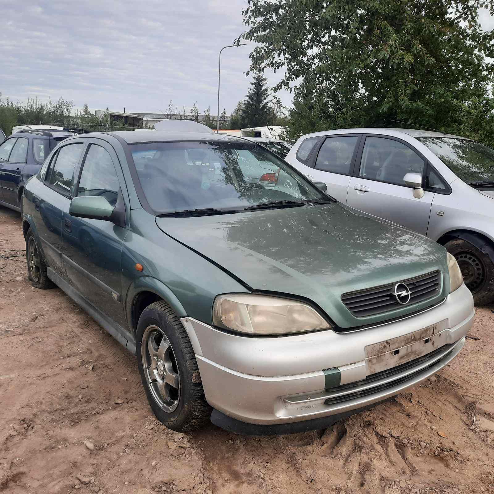 Naudotos automobilio dalys Opel ASTRA 1998 2.0 Mechaninė Hečbekas 4/5 d. Zalia 2021-9-06