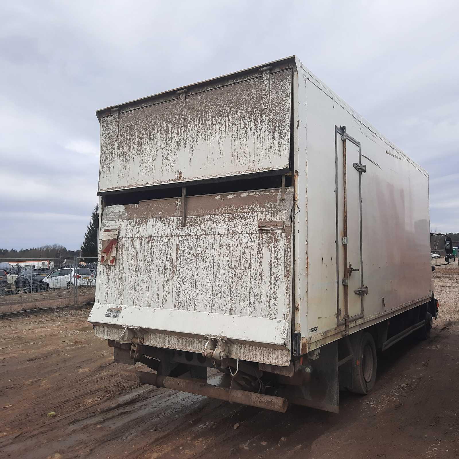 Naudotos automobiliu dallys Foto 3 Truck - MAN 8.163 1998 4.6 Mechaninė Sunkvezimis 2/3 d. Balta 2021-3-29 A6127