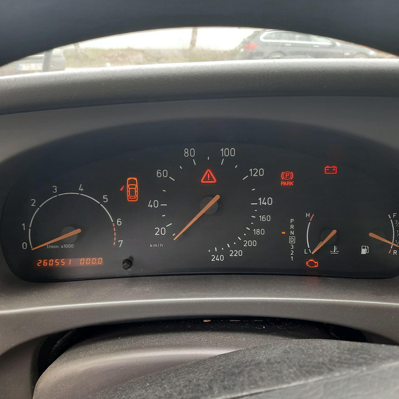 Naudotos automobilio dalys SAAB 9-5 2000 2.0 Automatinė Sedanas 4/5 d. Melyna 2021-6-04