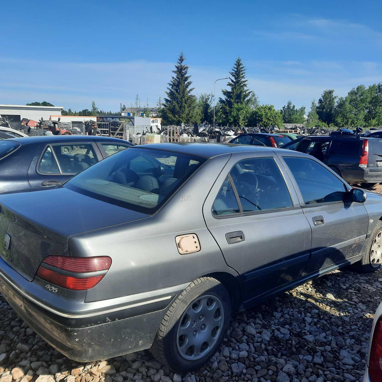 Naudotos automobiliu dallys Foto 5 Peugeot 406 1999 2.0 Mechaninė Sedanas 4/5 d. Pilka 2021-6-11 A6302