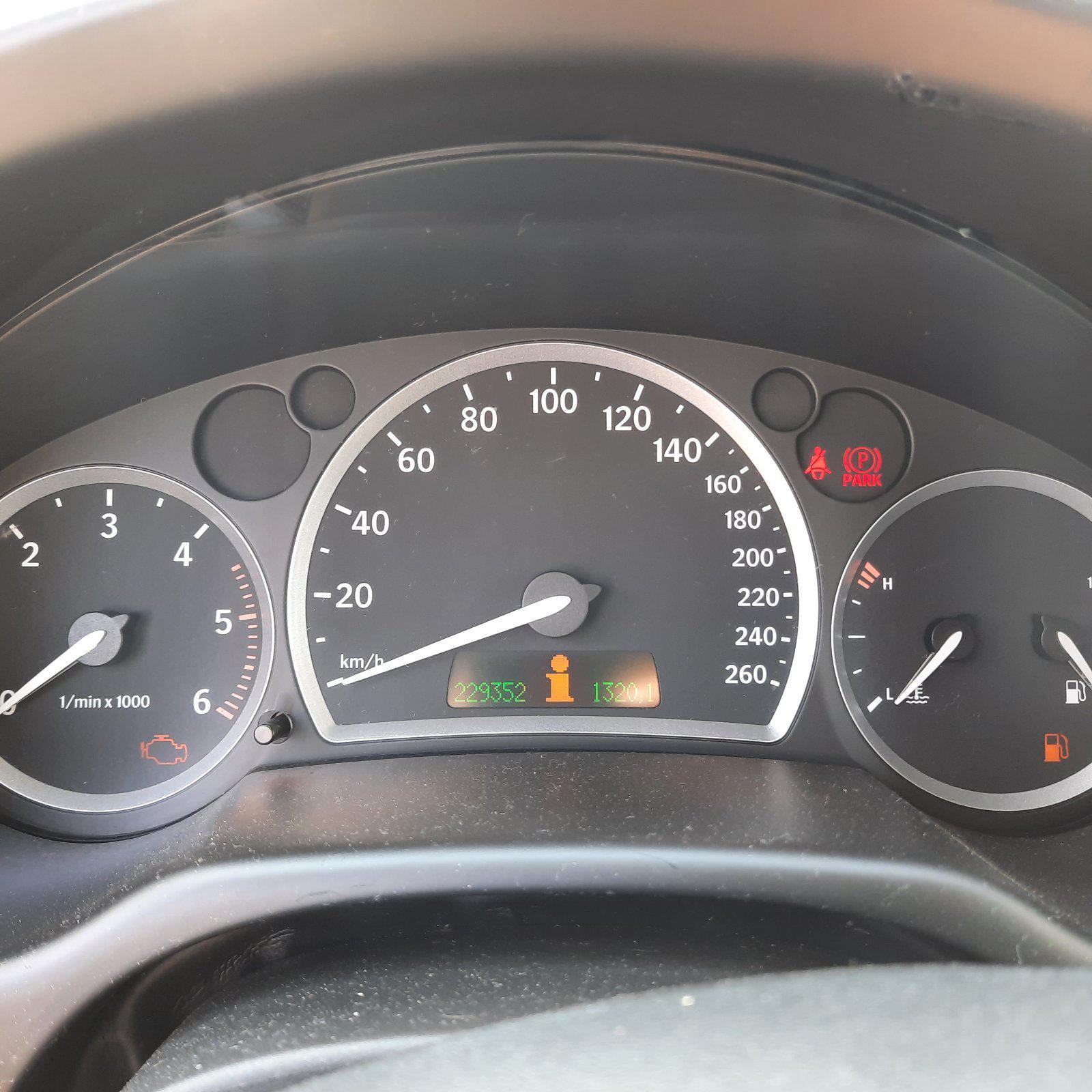 Naudotos automobilio dalys SAAB 9-3 2003 2.2 Mechaninė Sedanas 4/5 d. Juoda 2021-9-11