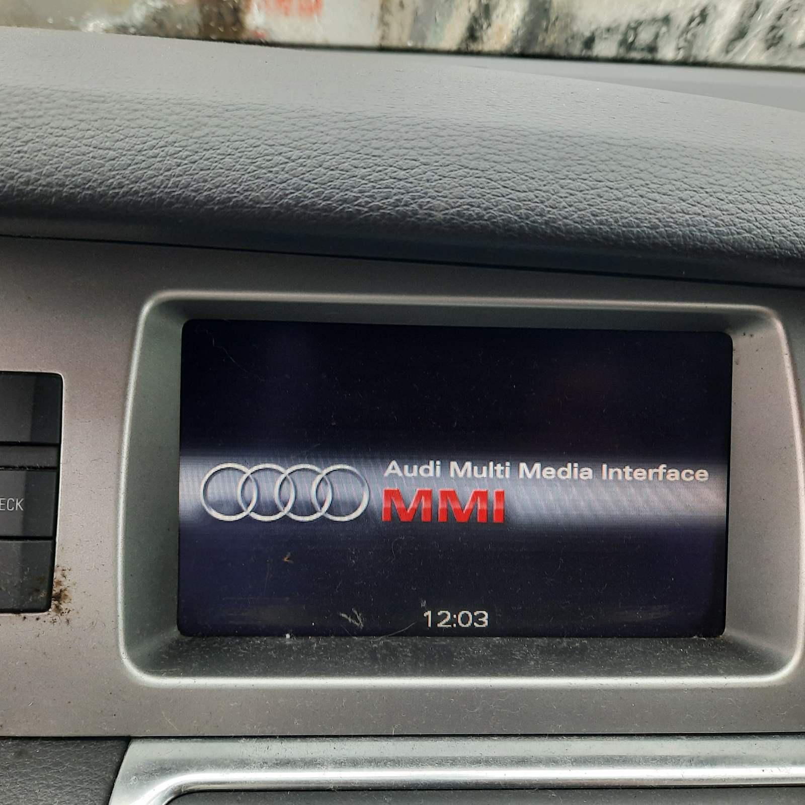 Naudotos automobiliu dallys Foto 4 Audi Q7 2007 3.0 Automatinė Visureigis 4/5 d. Sidabrine 2021-4-27 A6166